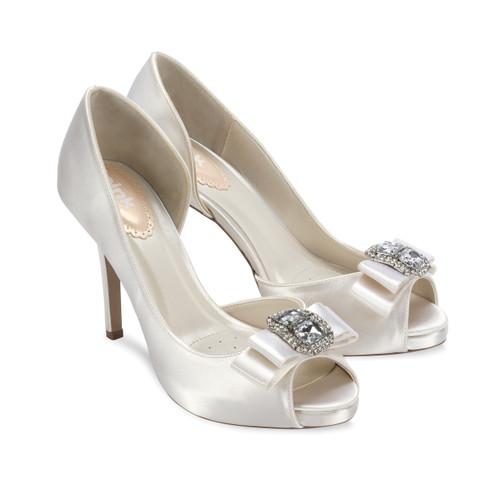 Sample -Discontinued - Hot Dyeable Satin Open Toe Shoes