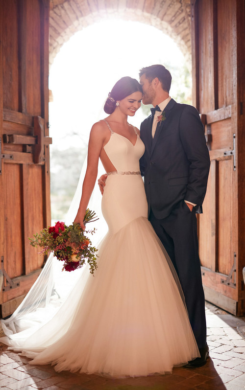 Essense of Australia Wedding Dress D2372