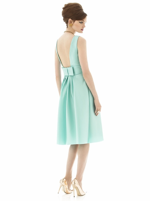 Sale Alfred Sung Bridesmaid Dress D660