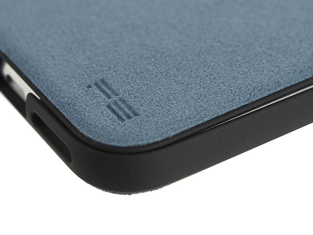 Ultrasuede Flip Case for iPhone X Detail Sky