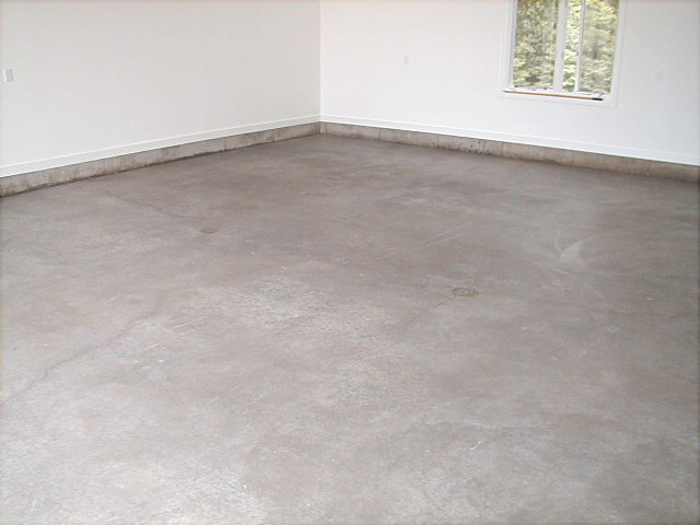 Garage floor concrete sealer concentrate salt defense for Best way to clean concrete floors before staining