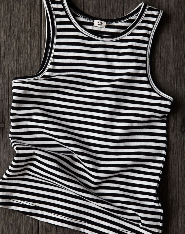 Sleeveless Top (Striped)