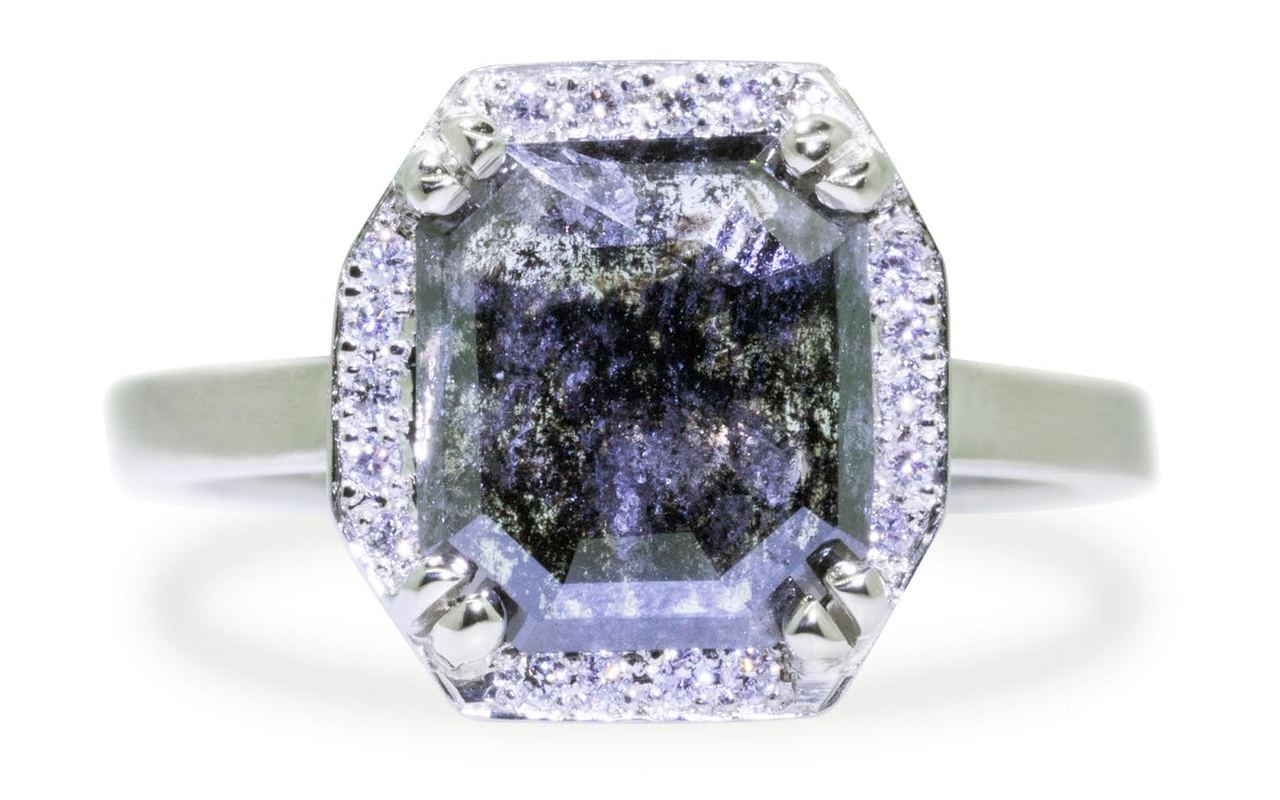 KATLA Ring in White Gold with 1.50 Carat Salt and Pepper Diamond