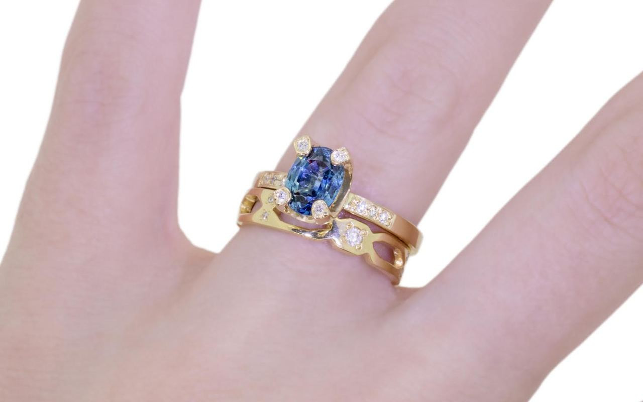 1.79 Carat Sapphire Ring in Yellow Gold