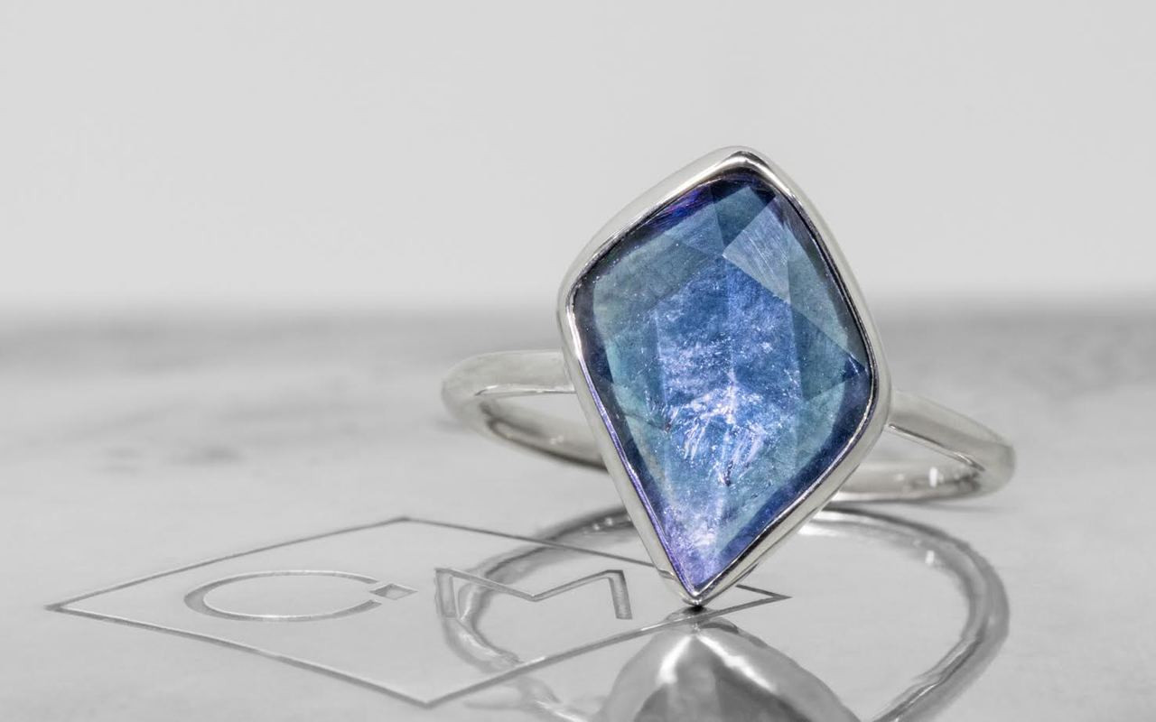 4 Carat Blue Sapphire Ring in White Gold