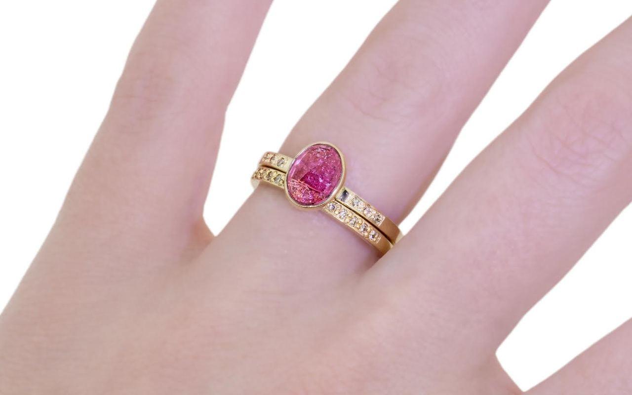 1.12 Carat Pink Tourmaline Ring in Yellow Gold