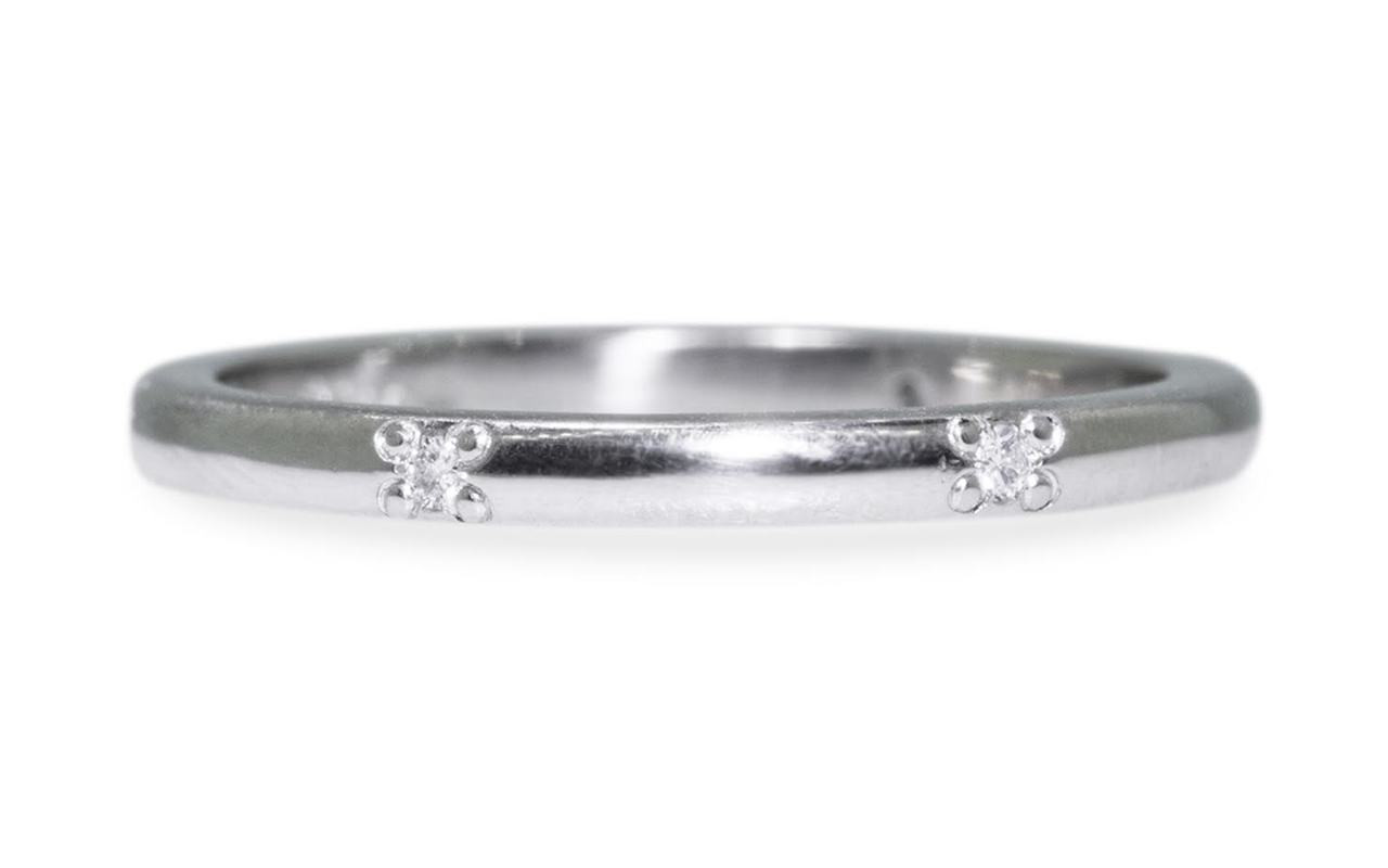 Wedding Band with 6 White Diamonds