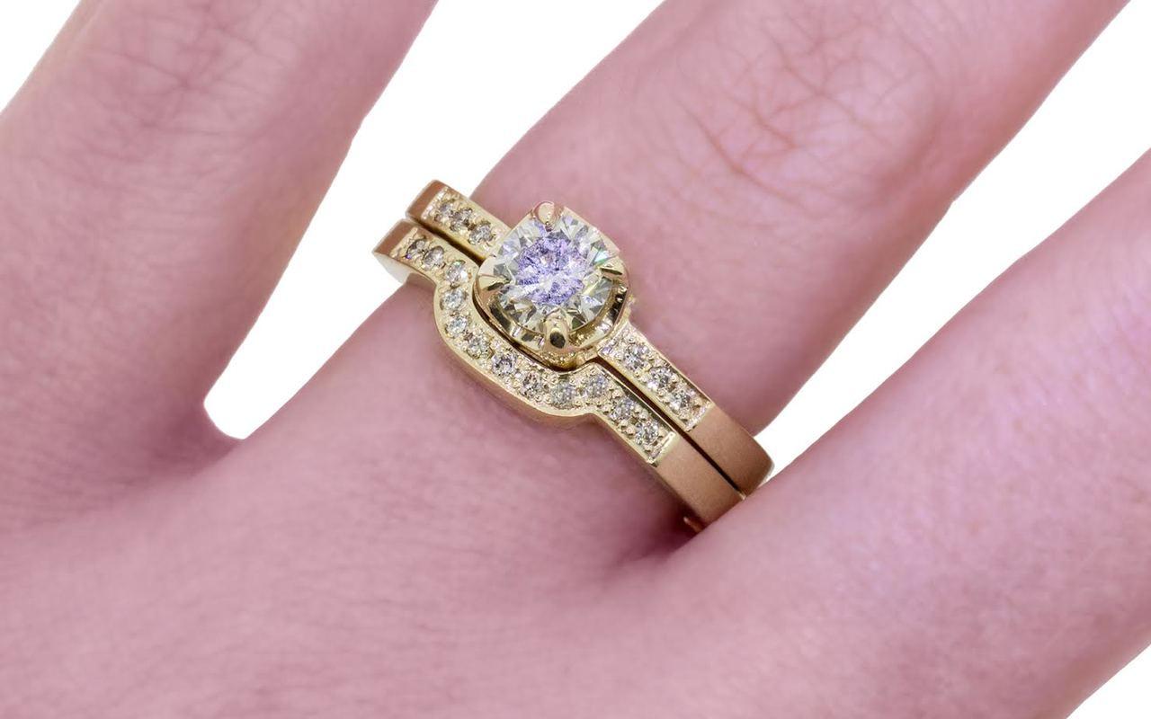 .61 Carat Champagne Diamond Wedding Set in Yellow Gold
