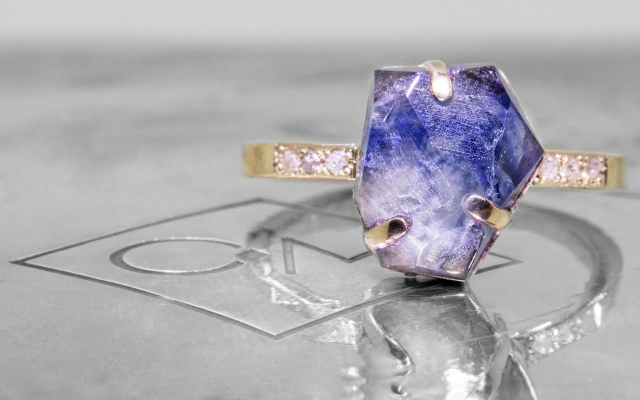 2.94 Carat Hand-Cut Multi-Color Sapphire Ring in Yellow Gold