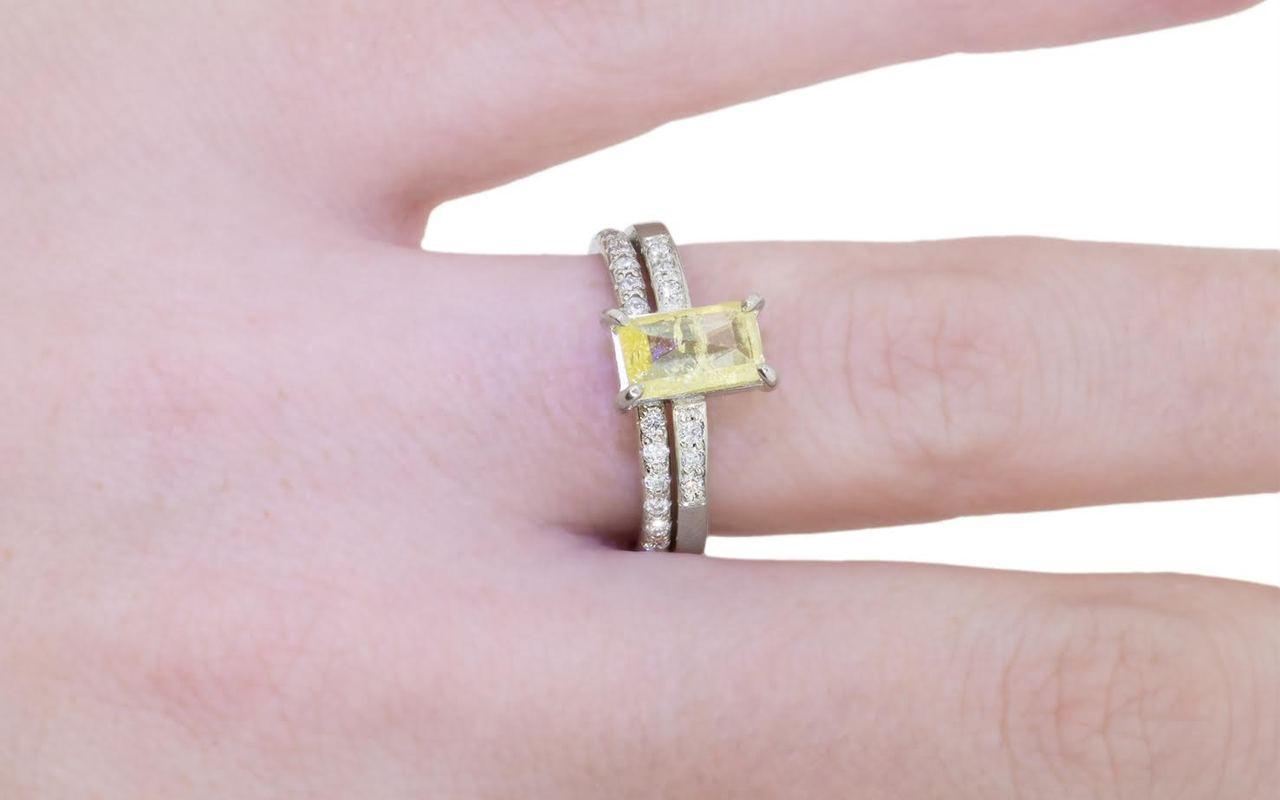 .92 Carat Vibrant Yellow Diamond Ring in White Gold