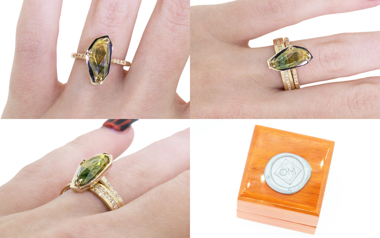 KIKAI Ring in Yellow Gold with 1.76 Carat Parti Sapphire