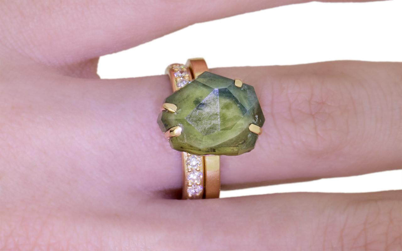 6.93 Carat Hand-Cut Multi-Color Sapphire Ring in Yellow Gold