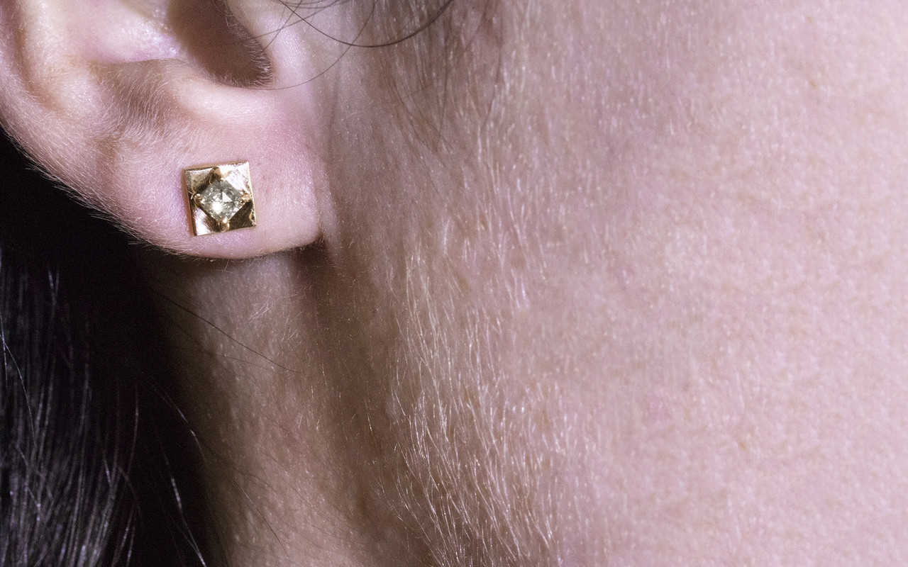 TOBA Earrings in Yellow Gold with .39 Carat Champagne Diamonds