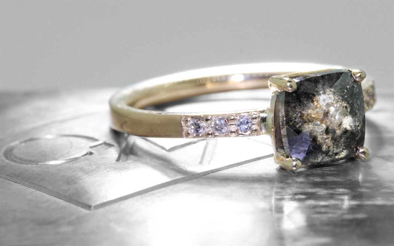 1.22 Carat Champagne/Pepper Diamond Ring in Yellow Gold
