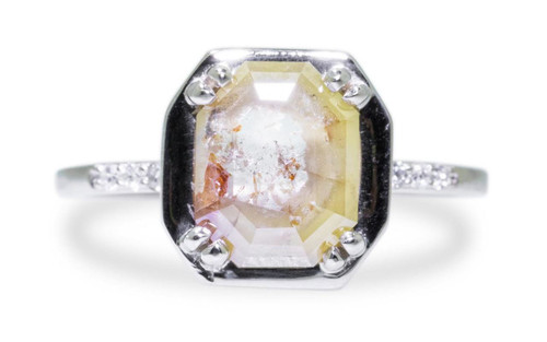 MAROA Ring in White Gold with 1.22 Carat Champagne and White Diamond