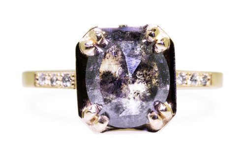 MAROA Ring in Yellow Gold with 2.11 Carat Salt and Pepper Diamond