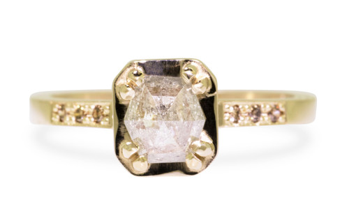 AIRA Ring in Yellow Gold with .76 Carat Light Grayish Champagne Diamond