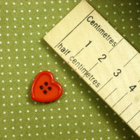 Red Raised Edge Heart Button 4 Holes - 15 mm