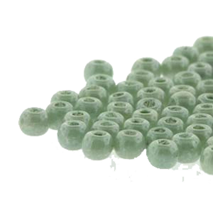 Round Druk True2s 2mm Czech Glass Chalk Dk Green Lstr 600 Pcs-Loose