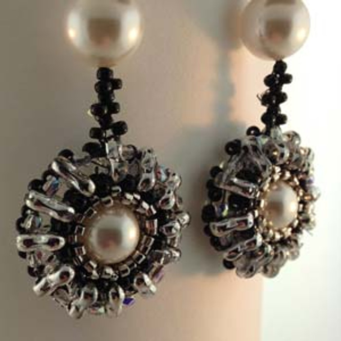 TRIFINITY EARRINGS- Free Jewelry Making Project complements of Bead Smith(R)