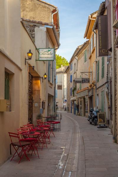 Alleyway in Saint Remy de Provence