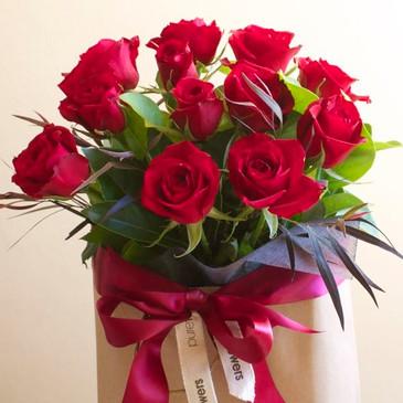 Red rose gift bag