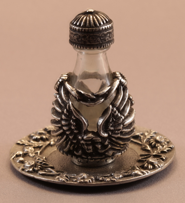 pewter-angel-and-tray-42181.1460594959.1280.1280.jpg