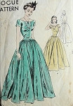 1940s EVENING DRESS PATTERN 2 LOVELY BODICE STYLES VOGUE 9209