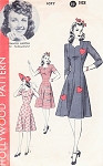 1940s Princess Dress Pattern Hollywood 1077 Features Starlet Frances Gifford Heart Appliques,Sweetheart Neckline Bust 38 Vintage Sewing Pattern