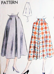 50s Flared Skirt Pattern Vogue 7018 Front Inverted Pleat 2 Huge Optional Pockets Waist 26 Easy To Make Vintage Sewing Pattern