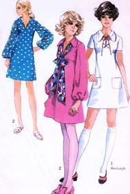 CUTE 70s Dress Pattern Simplicity 8805 Lace Up Collar kawaii Empire Bust 34 Mini Skirt Neck Tie Dress Glam Dance Vintage Sewing Pattern