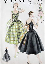 1950s Very Easy VOGUE 8476 Vintage Sewing Pattern Beautiful Dress or Hostess Apron Lovely Back Design Bust 32