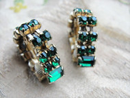 VINTAGE 50s Early 60s Emerald Green Rhinestone Earrings Interesting Design Clip On Earrings Daytime or Evening Vintage Costume Jewelry