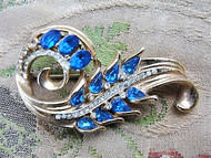 50s STUNNING Signed CORO Brooch Beautiful Blue and White Rhinestones Pin Fine Vintage Costume Jewelry