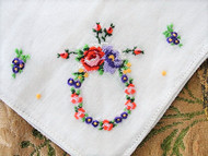 CHARMING Embroidered Roses Vintage Hankie Floral Wreath Handkerchief White Hanky Petit Point Embroidery Shabby Cottage Chic Hankies