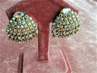 SPARKLING Vintage 1950s Aurora Borealis Rhinestone Earrings Clip On Earrings Vintage Rhinestones Clip Earrings Quality Glamorous Earrings