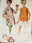 1960s BUTTON BACK SHIRT TAIL APRON PATTERN PUPPET STYLE OVEN MIT or POT HOLDER McCALLS 6100