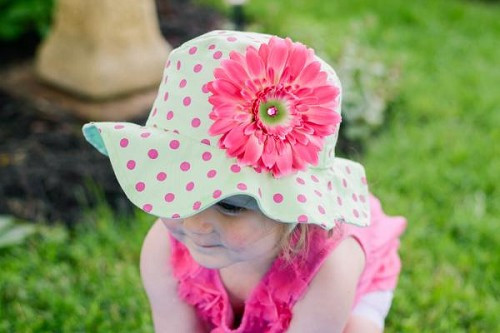 Light Aloe Sun Hat with Candy Pink Daisy