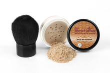 2 Piece Mineral Foundation and Kabuki Set