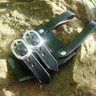 Sword holder for belt - scabbard holster