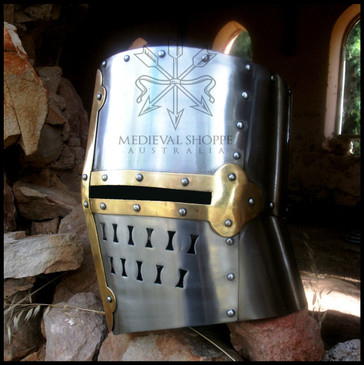 Templar Helm (16g)