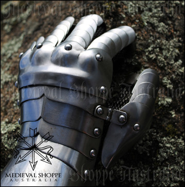 Fingered Gauntlets 18g (without gloves)