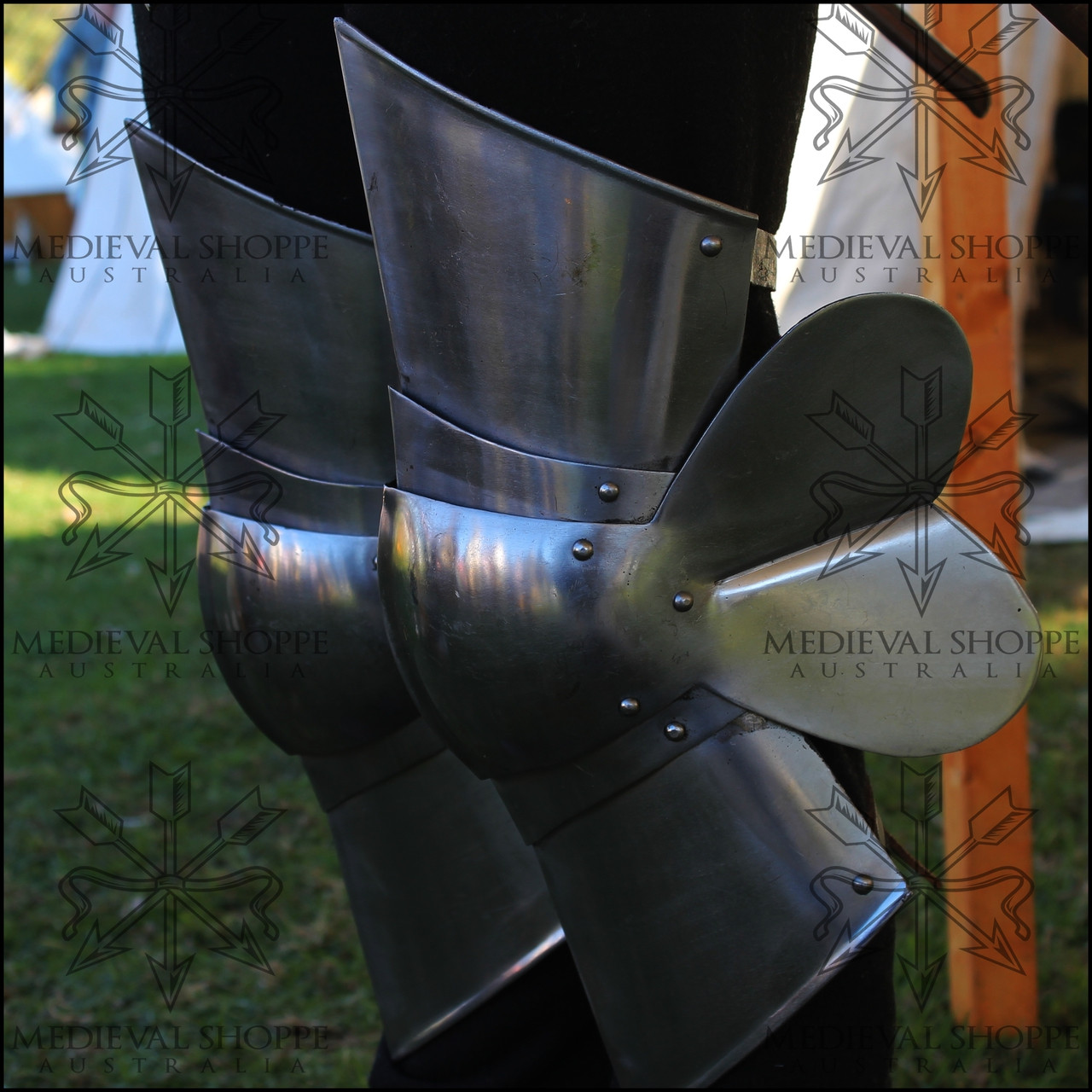 Demi-Greaves / Short Cuisse and Articulated Poleyn Combination
