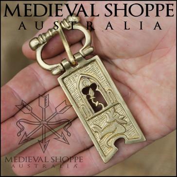 Ornate Brass Medieval Belt Buckle (9 x 3.6cm)
