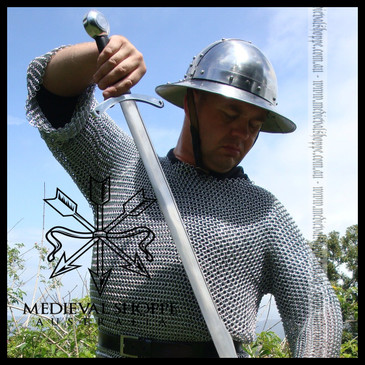 Medium Butted Chain Mail Hauberk (Long-sleeved maille shirt)