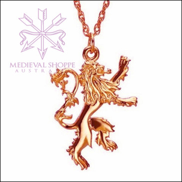 Golden Heraldic Lion Pendant & Chain