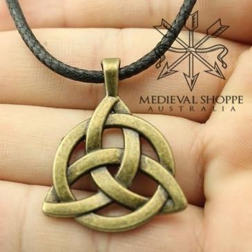 Celtic Trinity Knot Pendant (Triquetra)