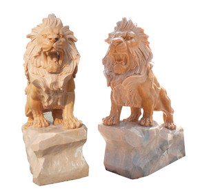 PR - Sitting Lions - Sunglow Marble