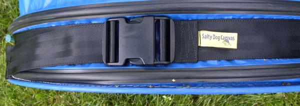 Heavy duty acetal nylon buckle.