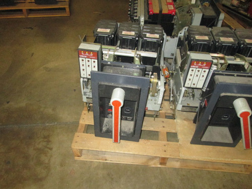 AKR-6D-30 GE 800A MO/DO LSIG Air Circuit Breaker
